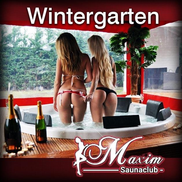 Wintergarten mit Whirlpool